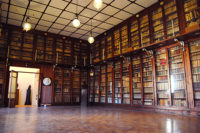 biblioteca-antica-ph.-G.Lachi